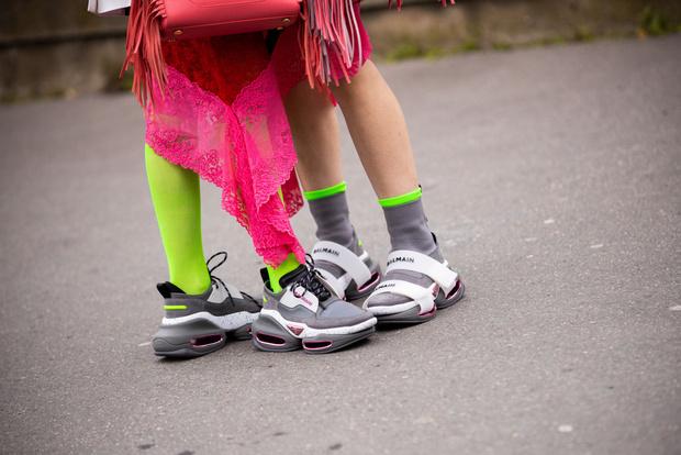 Фото №1 - 15 веселых пар носков, которые скрасят гардероб и карантин