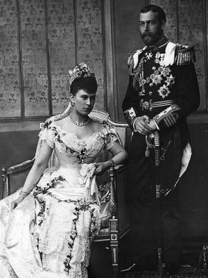 Фото №6 - По стопам Виктории: самая красивая традиция королевских невест прошлого