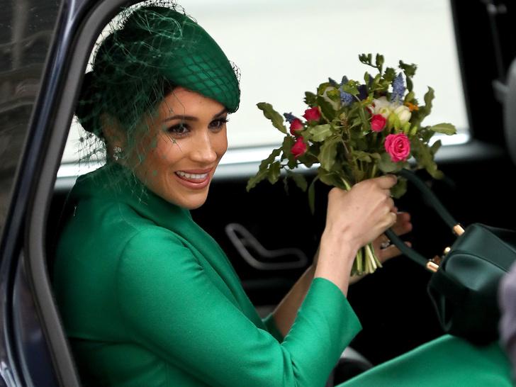 Фото №2 - Важное мероприятие, на которое Королева пригласила Сассекских (и почему им не стоит отказывать)