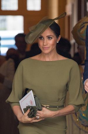 Фото №18 - Герцогиня Меган тратит на наряды больше герцогини Кейт