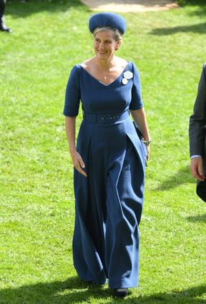 Фото №4 - Не только графиня: какой титул может получить «любимая невестка Королевы»
