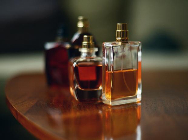 Фото №1 - 6 способов заставить парфюм «работать» весь день
