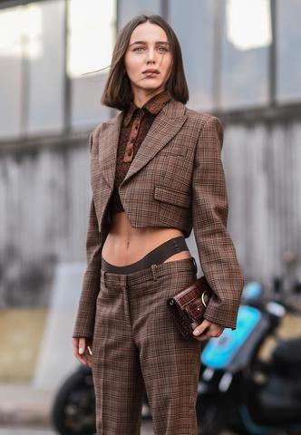 Фото №13 - Модные стринги: как носить главный бельевой тренд года