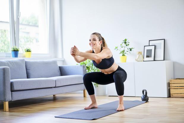Фото №1 - 5 упражнений, которые точно помогут похудеть в бедрах