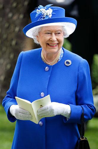 Фото №7 - Секреты Елизаветы: 8 новых историй о гардеробе Королевы
