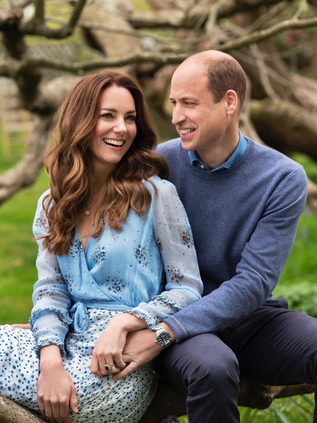 Фото №2 - «Я люблю тебя до слез»: новые фотографии Кейт Миддлтон и принца Уильяма в честь годовщины свадьбы