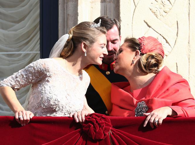 Фото №68 - Самые забавные моменты на королевских свадьбах (истории в фотографиях)