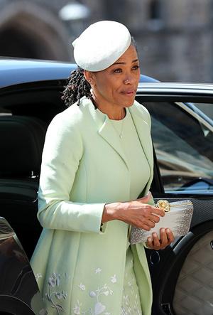 Фото №8 - Мамин гардероб: как одевается Дория Рэгланд, мама Меган Маркл