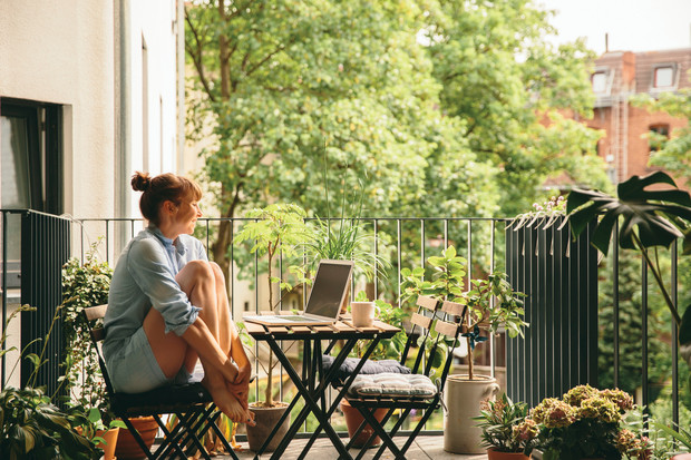 Фото №1 - Как превратить балкон в уютное гнездышко: 3 бюджетных идеи
