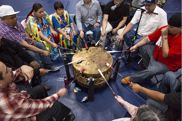 Фото №1 - Оцифрованы восковые цилиндры с голосами индейцев