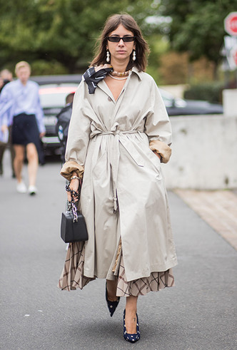 Фото №5 - 5 причин, почему тренч — самая модная верхняя одежда этой весны