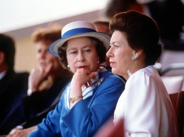 Фото №9 - Лилибет и Марго: подлинная история непростых отношений Королевы и ее младшей сестры