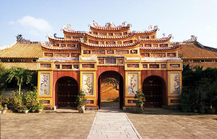 Фото №2 - Золотой мост, Пурпурный город и еще 3 интересные локации Вьетнама