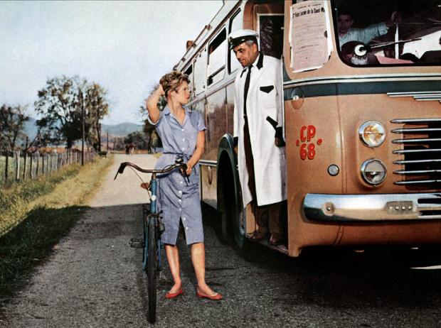 Фото №9 - Культовая обувь из кино: от туфелек «Золушки» до ботфортов «Красотки»