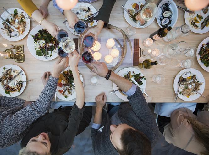Фото №2 - Как питаться на праздниках, чтобы не понадобился детокс