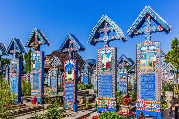 Фото №2 - Румынское кладбище: картинки на память