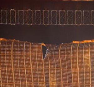 Фото №1 - У астронавтов Discovery продолжаются неприятности