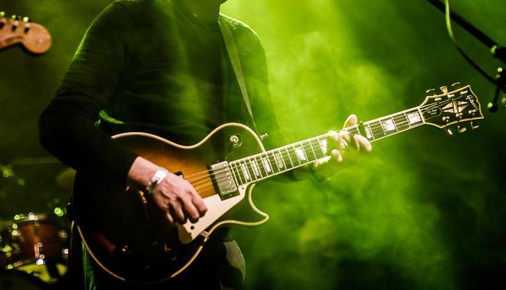 Фото №1 - Музыка делает мужчин более привлекательными
