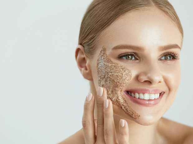Фото №6 - 5 рецептов масок для лица, которые можно делать дома