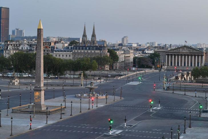 Фото №6 - Всё, что вы не знали о: станции-призраки, почти полмиллиона деревьев и еще 18 фактов о Париже