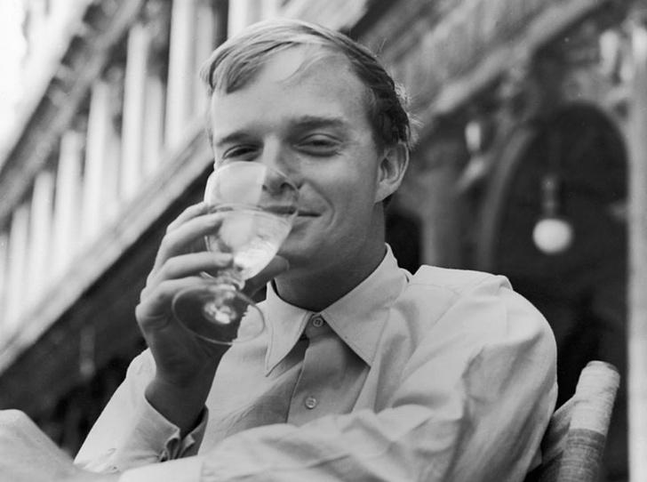 Фото №5 - Любимые напитки великих людей (Часть 1)