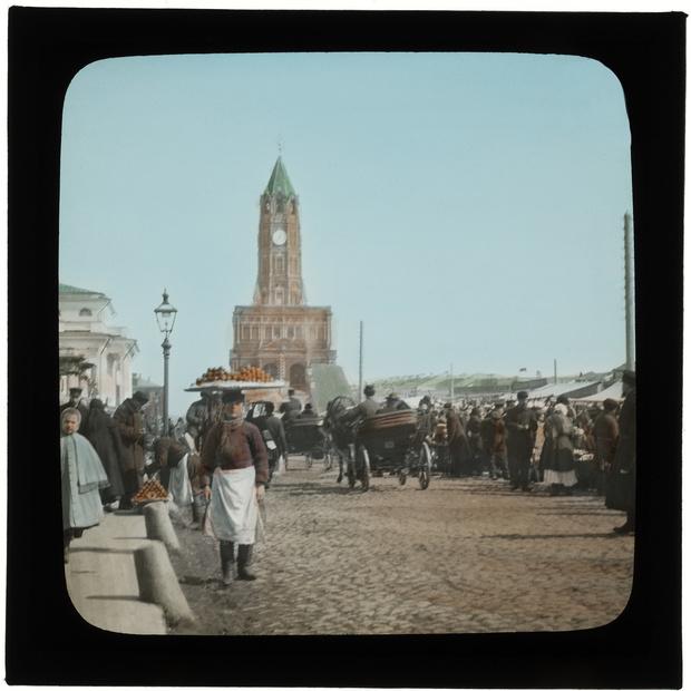 Фото №11 - Выставка «Цветные осколки империи» в МУАРе