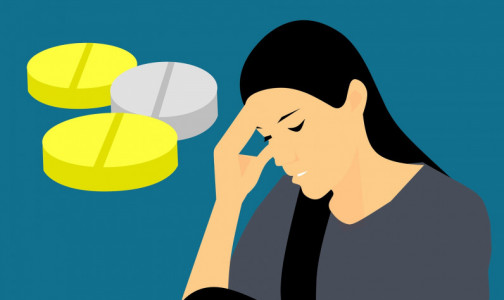 Фото №1 - Невролог: Головную боль могут вызывать лекарства от нее