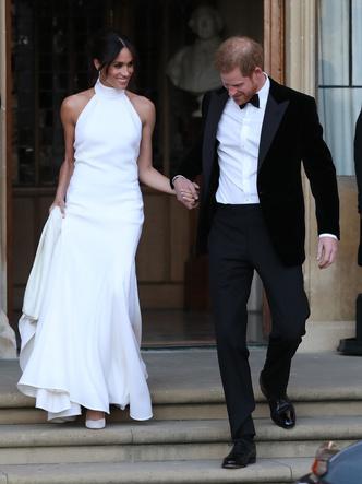 Фото №9 - После венчания: вторые свадебные платья королевских невест