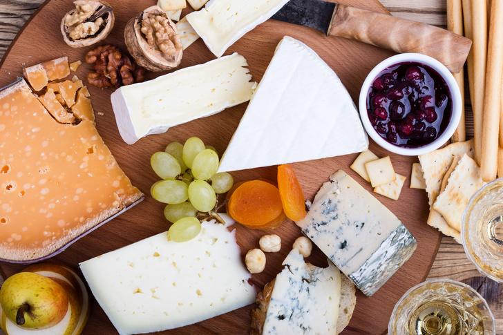 Фото №1 - Не только ради кальция: 5 причин есть сыр чаще