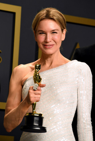 Фото №7 - Драгоценный «Оскар-2020»: самые впечатляющие украшения премии