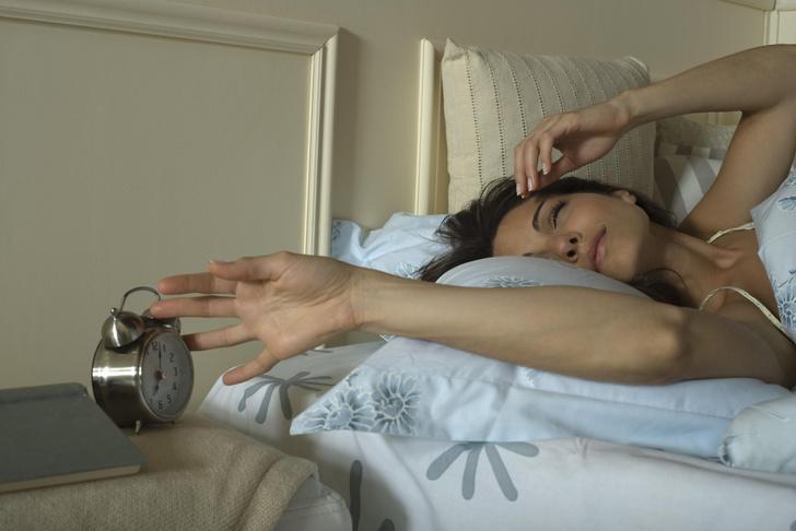 Фото №1 - Как долгий сон на выходных влияет на обмен веществ