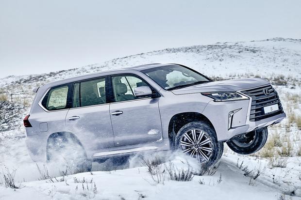 Фото №1 - Lexus LX: лед, вода и медные трубы