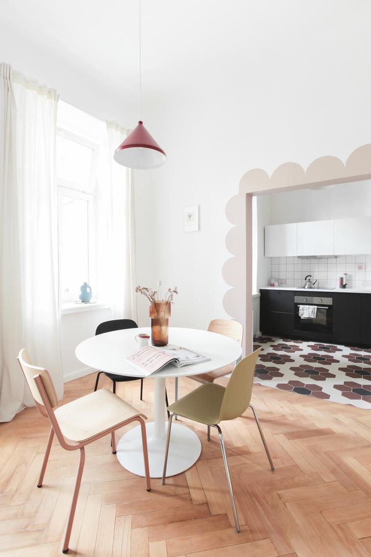 Фото №3 - Маленькая квартира в розовых тонах в Варшаве