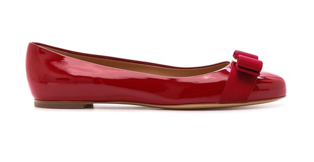 Фото №2 - Обувной словарь: 10 видов прекрасных каблуков