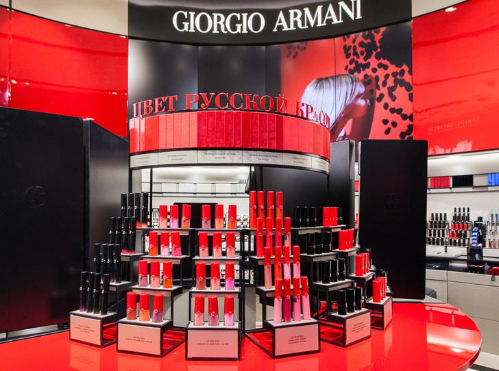 Фото №2 - Первый в Европе: в Москве открылся парфюмерно-косметический бутик Giorgio Armani Beauty