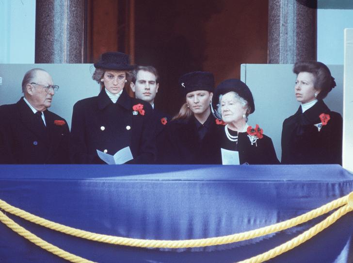Фото №3 - Королевская вражда: как принцесса Анна довела Сару Фергюсон до слез