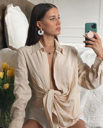 Фото №11 - Гардероб новой девушки Брэда Питта: 6 любимых вещей модели Николь Потуральски
