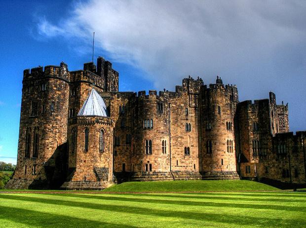 Фото №27 - Где учились принц Уильям, Кейт Миддлтон и Амелия Виндзор: лучшие британские университеты (часть 2)