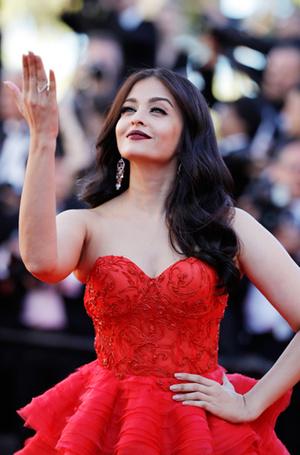 Фото №8 - Голливуд, подвинься: 7 потрясающих звезд индийского кино