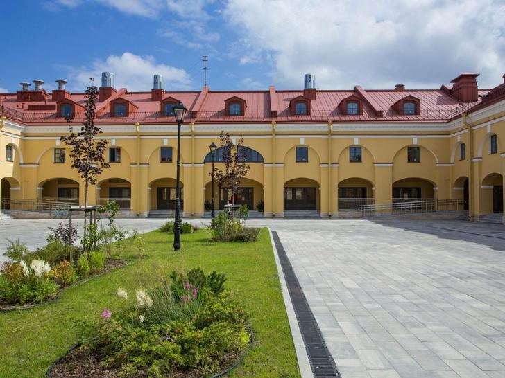 Фото №2 - Новый отель Holiday Inn в Санкт-Петербурге