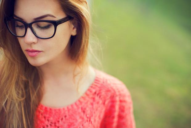 Фото №1 - Макияж для очкариков