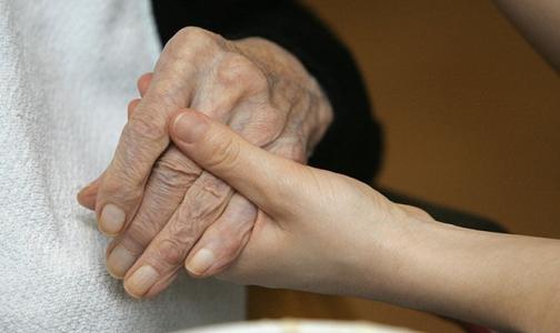 Фото №1 - Почему врачи не хотят и не могут избавить умирающих пациентов от боли
