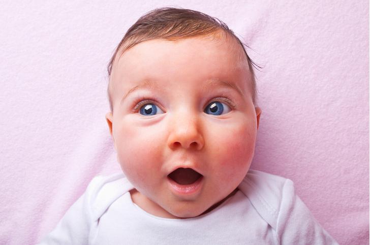Фото №1 - В Великобритании одобрили возможность зачатия ребенка от трех родителей