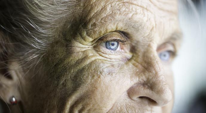 Невидимый абьюз: когда старые люди терпят суровое обращение