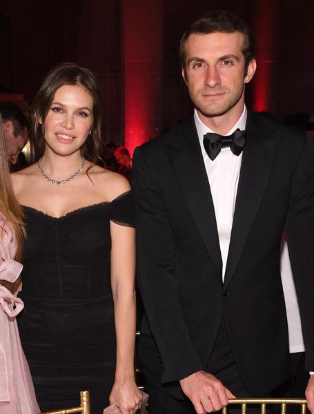 Фото №1 - Даша Жукова снова вышла замуж за миллиардера