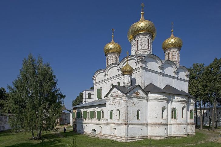 Фото №6 - Колыбель империи, золотые колокольни, цыгане и еще 7 достопримечательностей Костромы