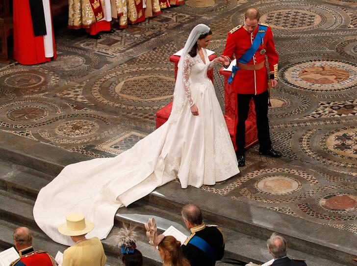 Фото №2 - Первый танец: какие песни выбирали для свадьбы королевские пары