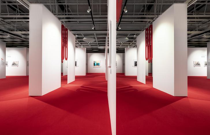Фото №4 - Last Call: выставка «Иной взгляд» в петербургском Манеже