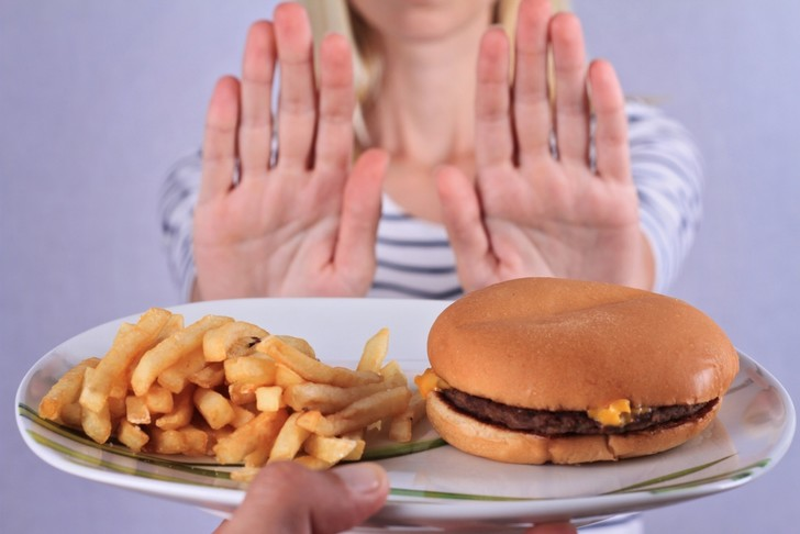 Фото №4 - Как быстро похудеть без диет в домашних условиях: шанс есть!