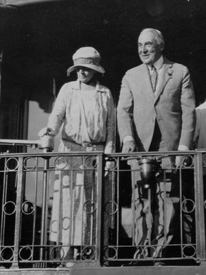 Фото №10 - Скелеты Белого дома: 8 скандалов с участием американских Первых леди